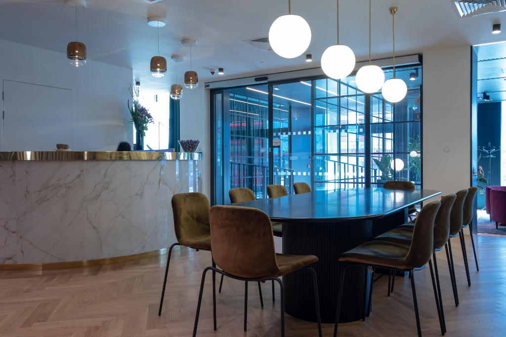 BE Offices, 150 Minories, London